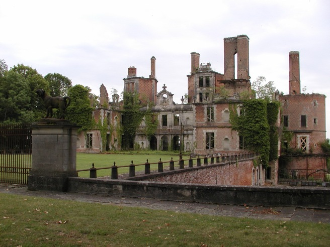 Château de Randan cliché Wikipédia CC BY-SA 2.5, https://commons.wikimedia.org/w/index.php?curid=900430